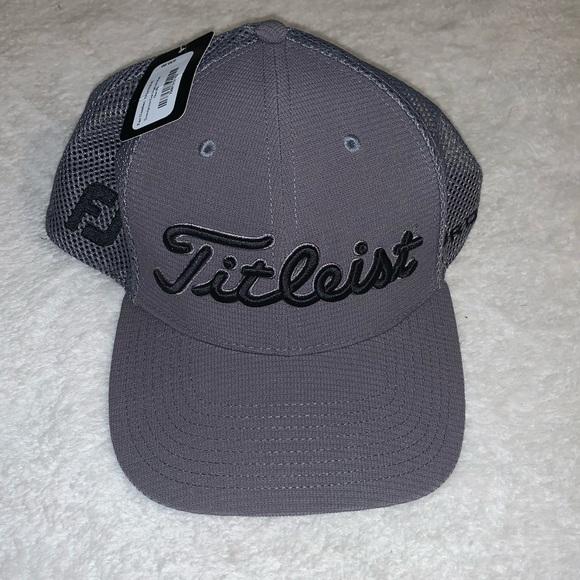 NWT Titleist hat FJ Pro V1 grey